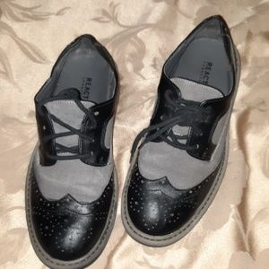 Kenneth Cole youth dress shoes
